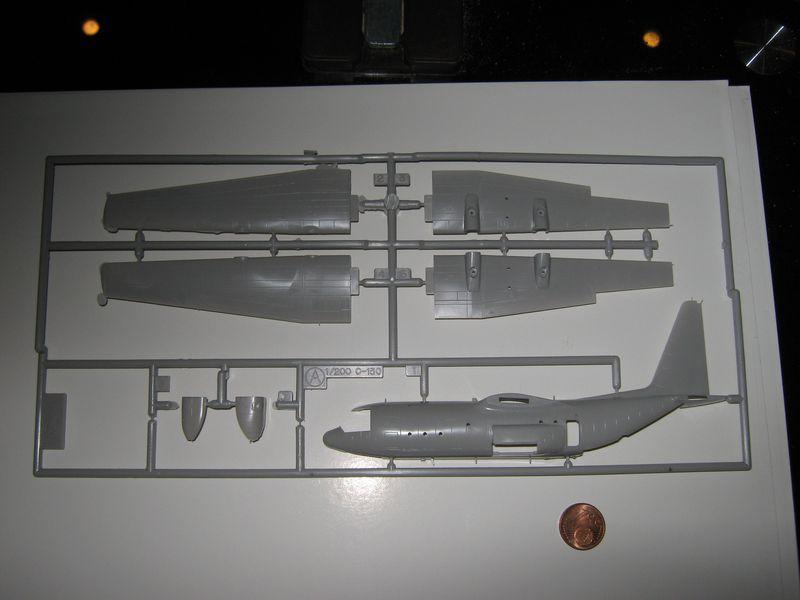 C-130 Hercules von Hasegawa in 1/200 C-130%20Hercules%20009