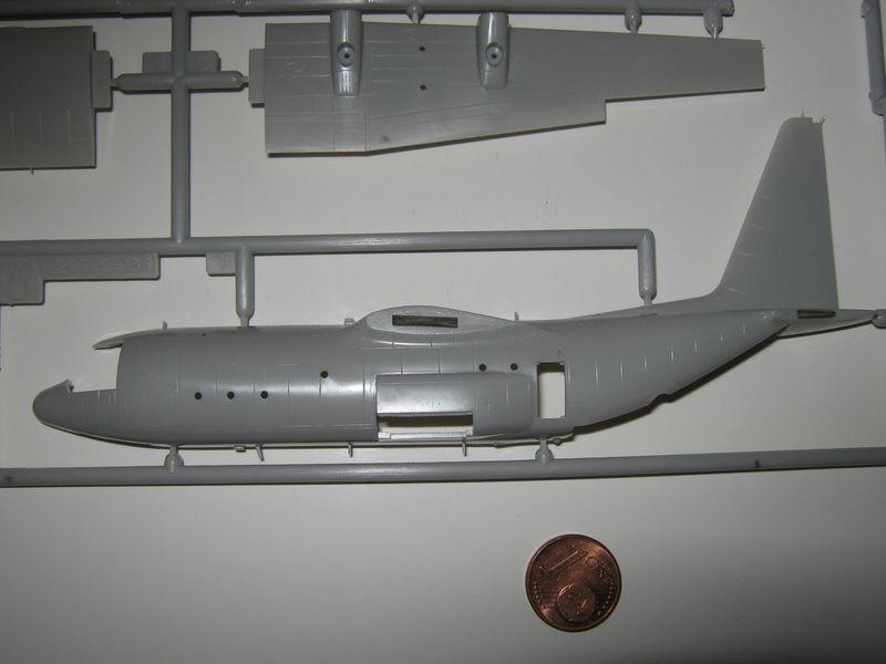 C-130 Hercules von Hasegawa in 1/200 C-130%20Hercules%20010