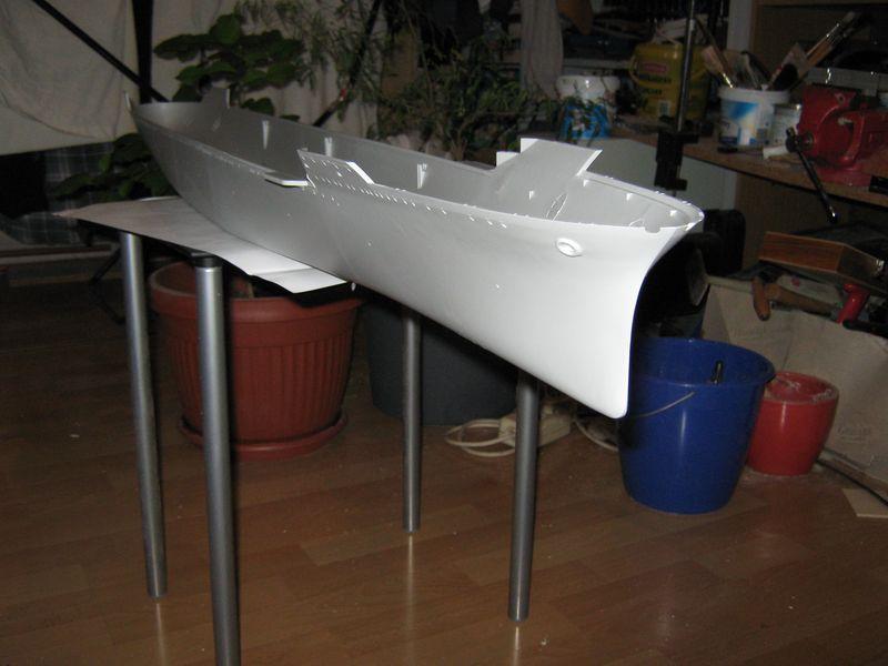 Merit Bausatz Flugzeugträger CV 8 Hornet 1/200 Hornet%20009