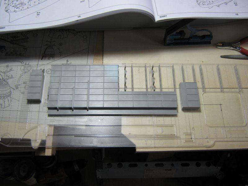 Merit RC Flugzeugträger CV 8 Hornet 1/200 Baubericht - Seite 2 Hornet%20050