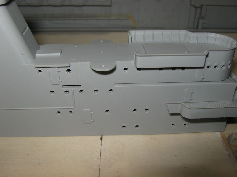Merit RC Flugzeugträger CV 8 Hornet 1/200 Baubericht - Seite 4 Hornet%20095