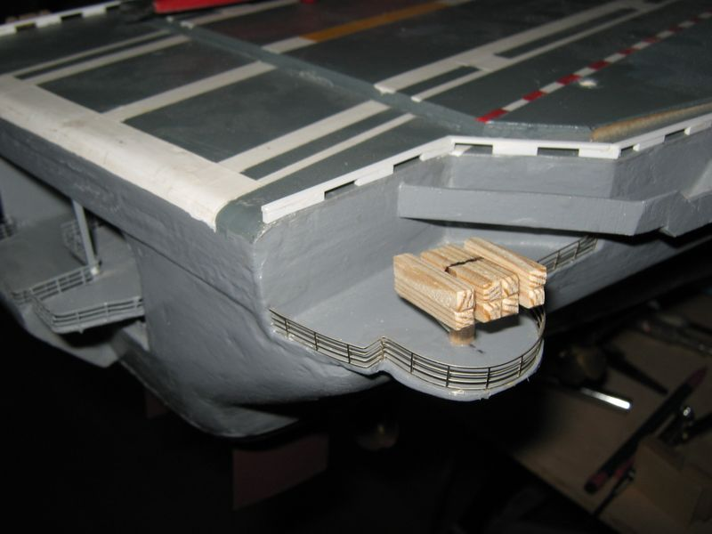 Flugzeugträger Nimitz 1/200 von kaewwantha - Seite 8 Nimitz%200265