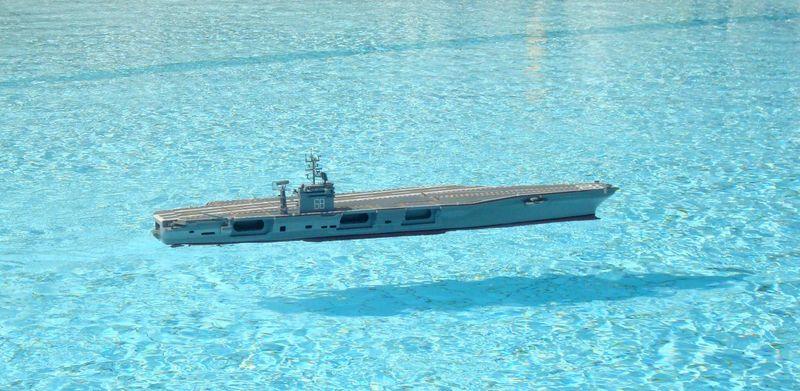 Flugzeugträger Nimitz 1/200 von kaewwantha - Seite 11 Nimitz%200316