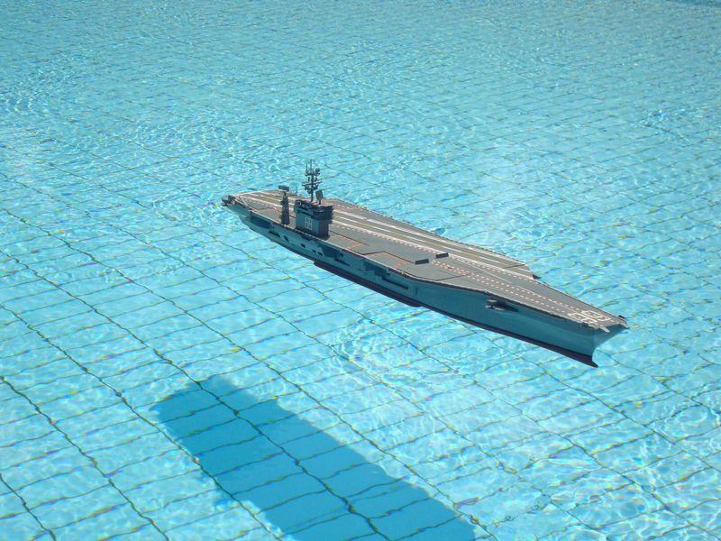 Flugzeugträger Nimitz 1/200 von kaewwantha - Seite 11 Nimitz%200321