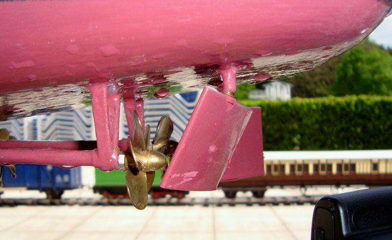 Flugzeugträger Nimitz 1/200 von kaewwantha - Seite 11 Nimitz%200326