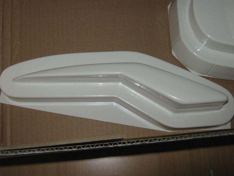 Bausatz der Montega von Robbe  Montega%20007