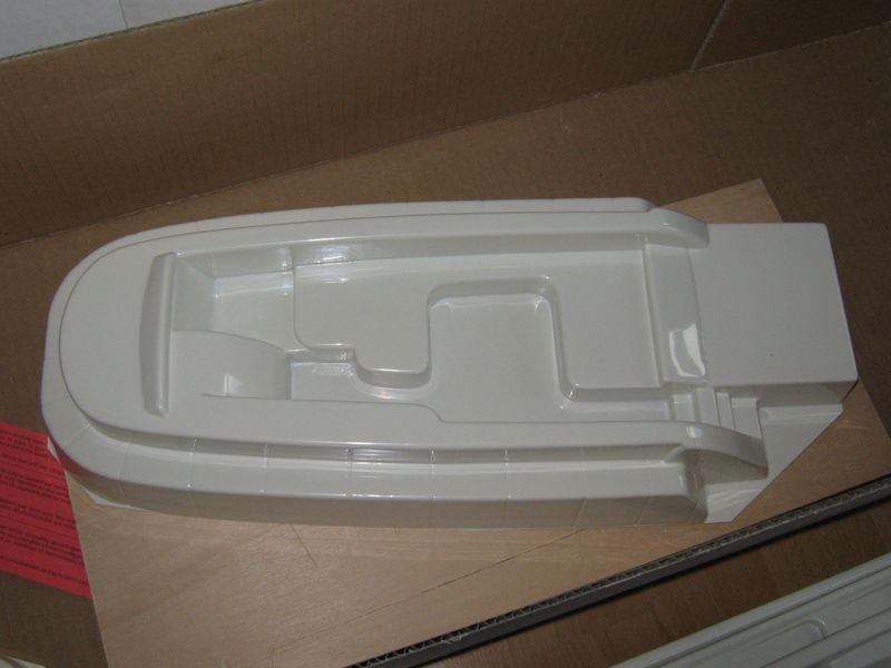 Bausatz der Montega von Robbe  Montega%20008