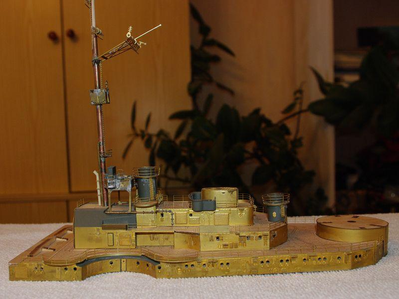 Schlachtschiff Bismarck von Amati 1/200 - Seite 2 Bismarck%200072
