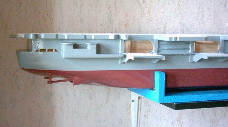 Flugzeugträger Forrestal 1/200 von kaewwantha - Seite 2 Forrestal%200052