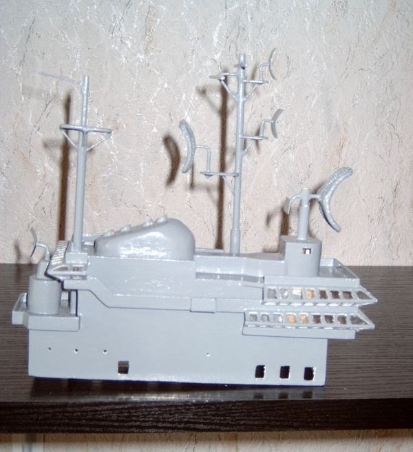 Flugzeugträger Forrestal 1/200 von kaewwantha - Seite 2 Forrestal%200100