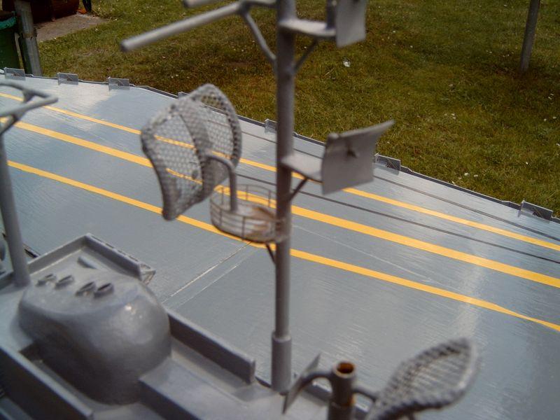Flugzeugträger Forrestal 1/200 von kaewwantha - Seite 3 Forrestal%200121