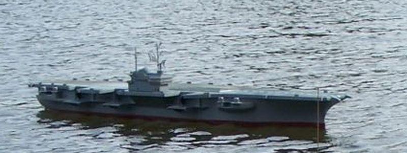 Flugzeugträger Forrestal 1/200 von kaewwantha - Seite 3 Forrestal%200127