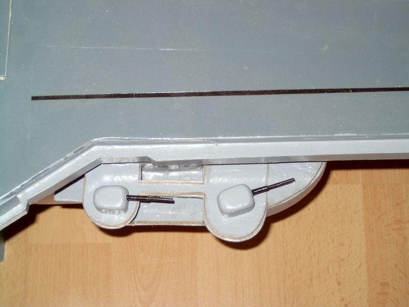 Flugzeugträger Forrestal 1/200 von kaewwantha - Seite 3 Forrestal%200143