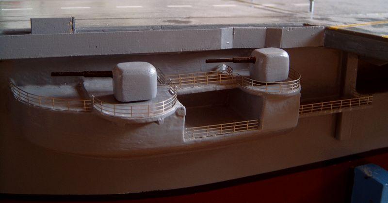 Flugzeugträger Forrestal 1/200 von kaewwantha - Seite 3 Forrestal%200148
