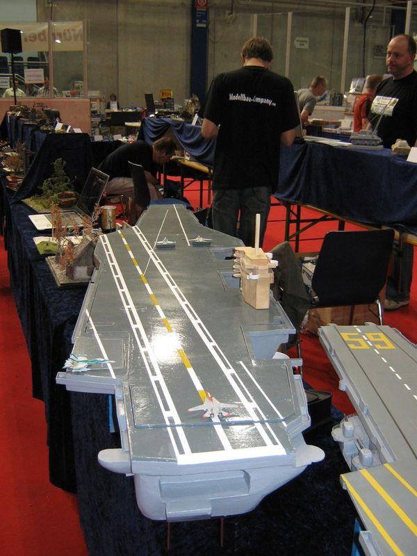 Flugzeugträger Nimitz 1/200 von kaewwantha - Seite 3 Nimitz%200163